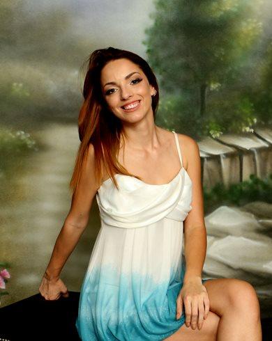 Emily Rose Nuda